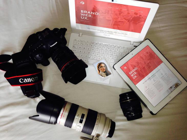 iPad & Asus Photo Mock-up