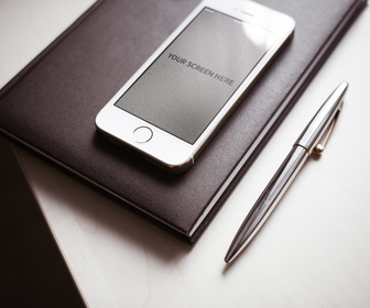3 iPhone Photorealistic Mockups
