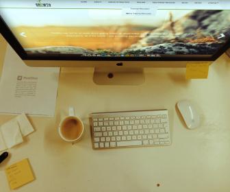 Photorealistic iMac Mockups